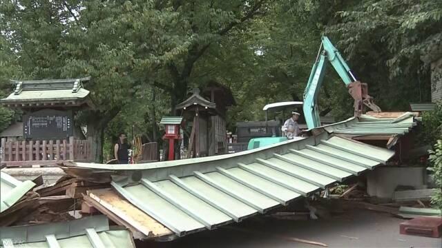 人気アニメ 舞台のモデル神社 鳥居の柱崩壊 埼玉 久喜