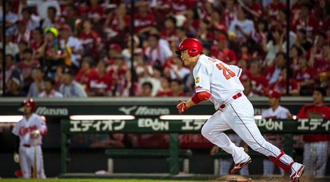 当たり前のように勝つ広島の強さは、当たり前のように走る新井にあり! – プロ野球 – Number Web – ナンバー