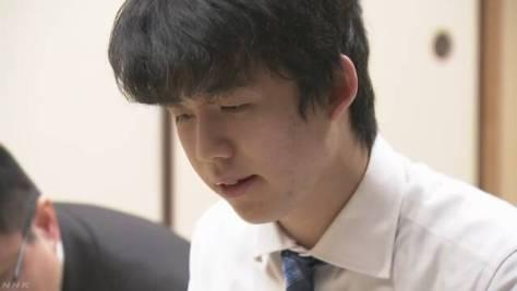 藤井七段 今年度最終局は白星 勝率は2年連続トップで歴代3位