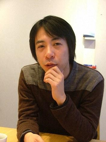 逮捕された映画監督の豊田利晃容疑者=鈴木隆撮影