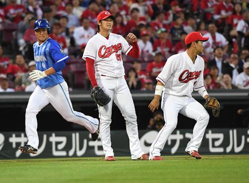 広島床田「修正できなかった」悪送球から6失点2敗
