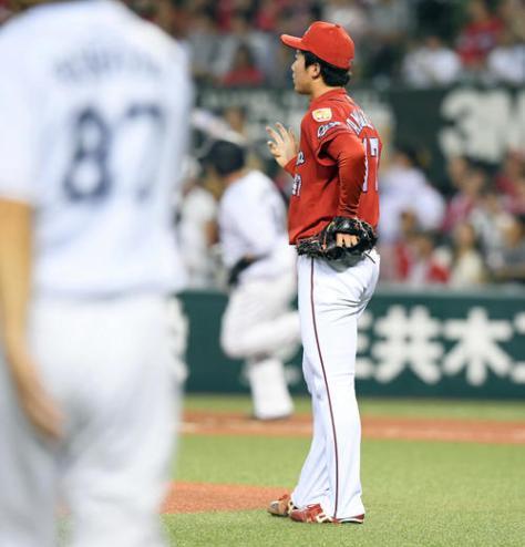 西武対広島 3回裏西武無死一塁、山川に24号2点本塁打を浴びる山口(撮影・たえ見朱実)