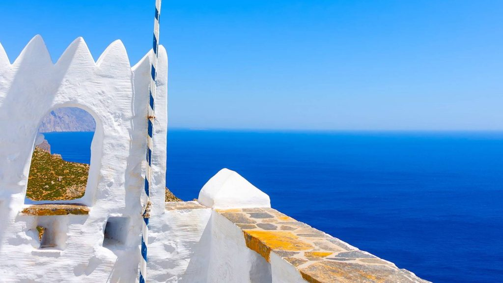 affordable-crewed-sailing-catamaran-trips-amorgos-greece-l