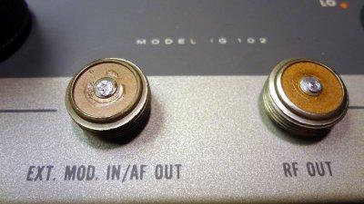 Heathkit IG-102 old style connectors