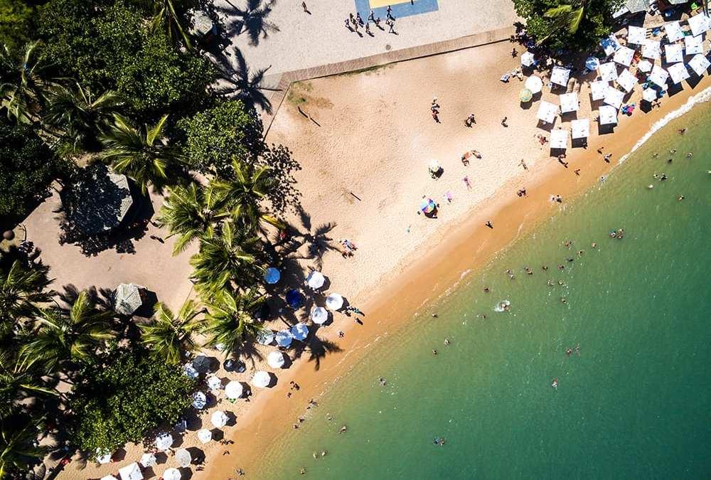 Conheça as melhores praias da Bahia