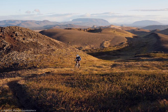 And going up (was too busy riding on the way down to shoot). Krafla, Iceland, August 31st 2018 © Alexis Buquet – ABSE Photography. All rights reserved. Please do not use this photo on websites, blogs or any other media without my explicit permission.