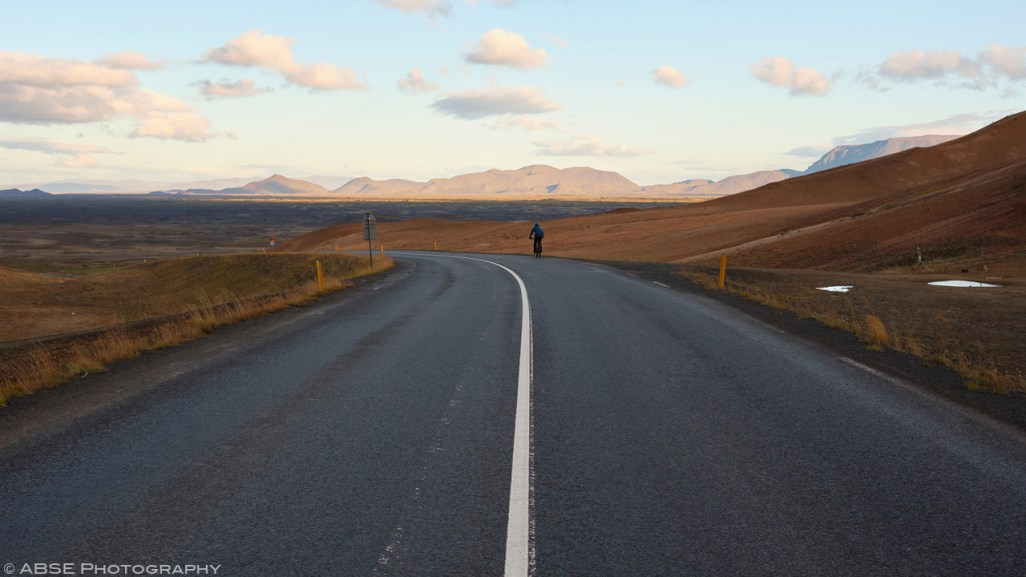 Trying to keep the road biking to a minimum. Mývatn, Iceland, August 31st 2018 © Alexis Buquet – ABSE Photography. All rights reserved. Please do not use this photo on websites, blogs or any other media without my explicit permission.