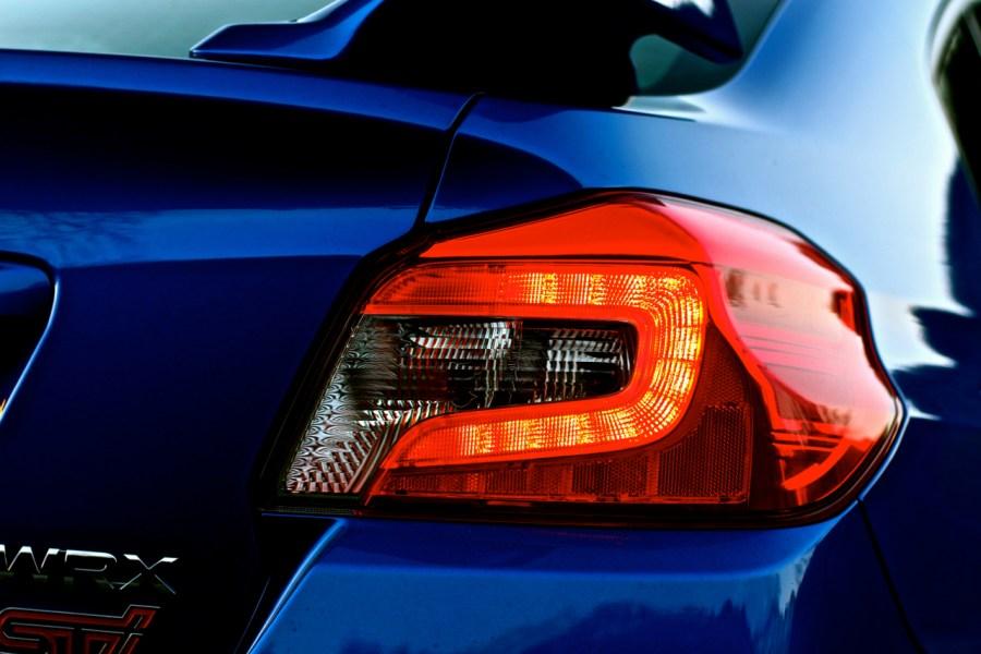 Die Form der Rücklichter sehen jenen der Mercedes A-Klasse sehr ähnlich.