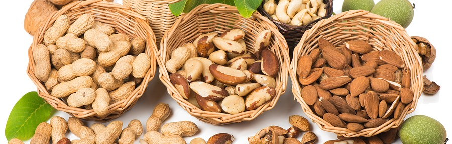 Study: Eating Nuts for Lower Cancer Risk