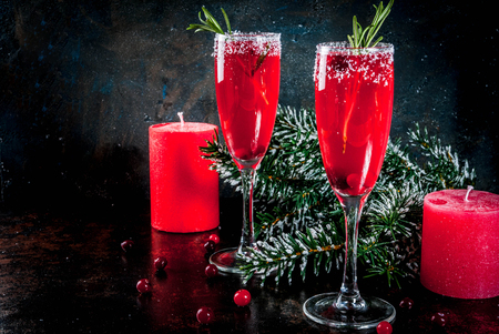Toast the New Year with Healthy Sparkling Drinks