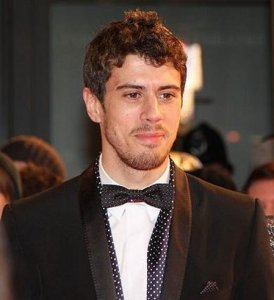 Toby Kebbell all decked-out for the premiere