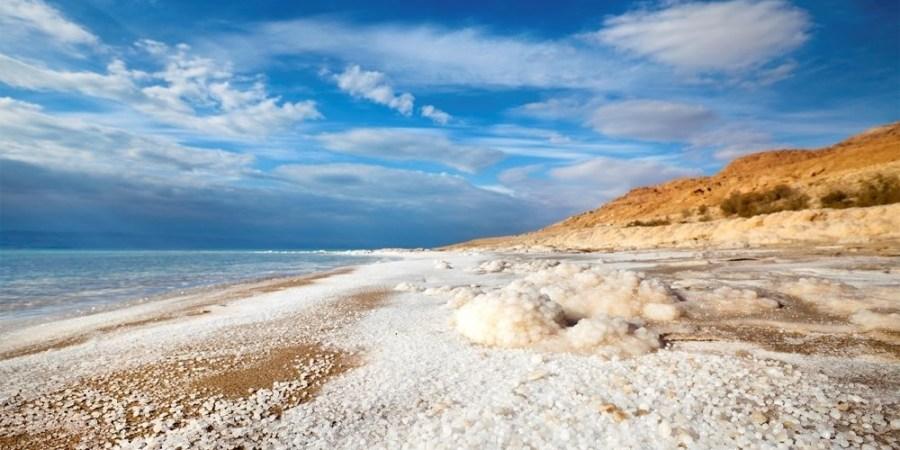 لماذا سمي البحر الميت بهذا الإسم و أين يقع تريندات