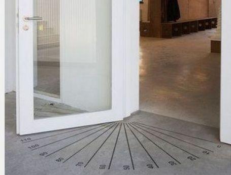 Angles on door