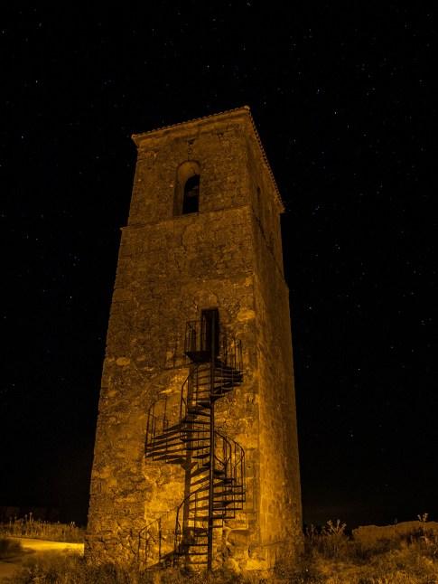 La Torre Bajo las Estrellas