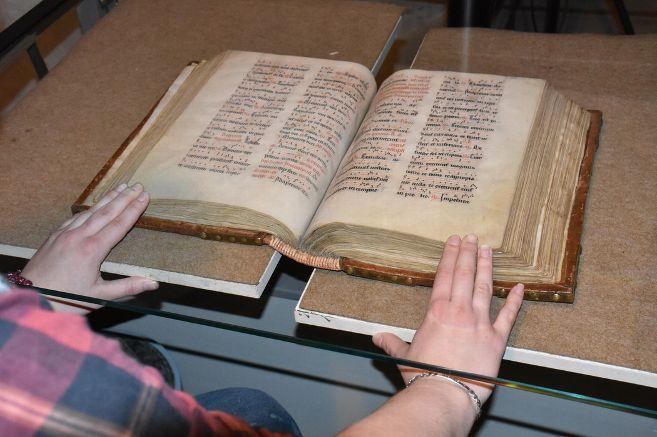 Numérisation des manuscrits de Sens