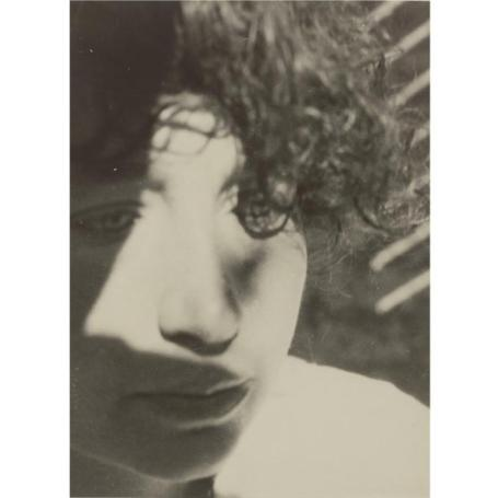LÁSZLÓ MOHOLY-NAGY - 1895-1946 - LUCIA MOHOLY- 242,500 USD - © Sotheby's