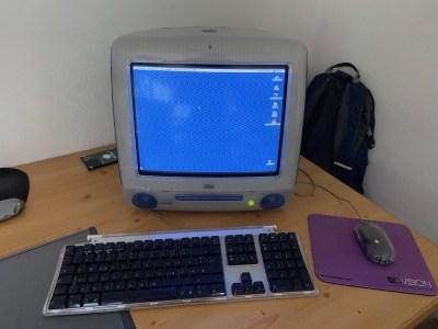 iMac Running Mac OS 9
