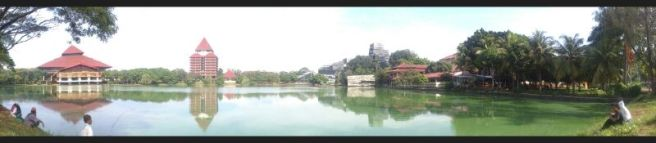 Danau di UI Depok. Difoto menggunakan Xperia GO © Alfan Nasrulloh