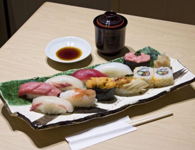 도쿄역 츠즈키 초밥
