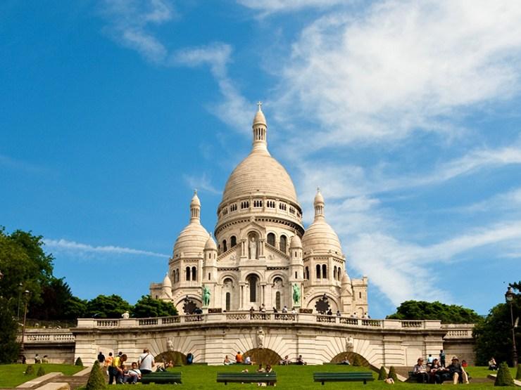 파리 여행 코스 몽마르뜨 언덕의 대성당