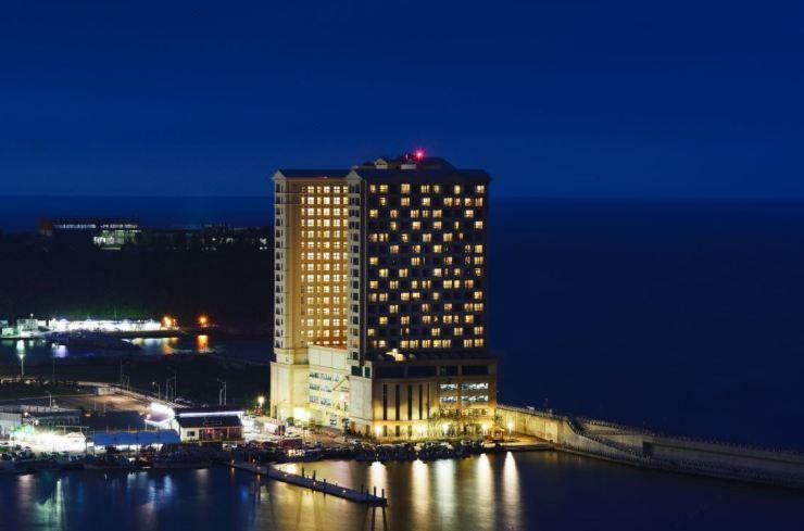 속초해변 인근 속초 라마다 호텔