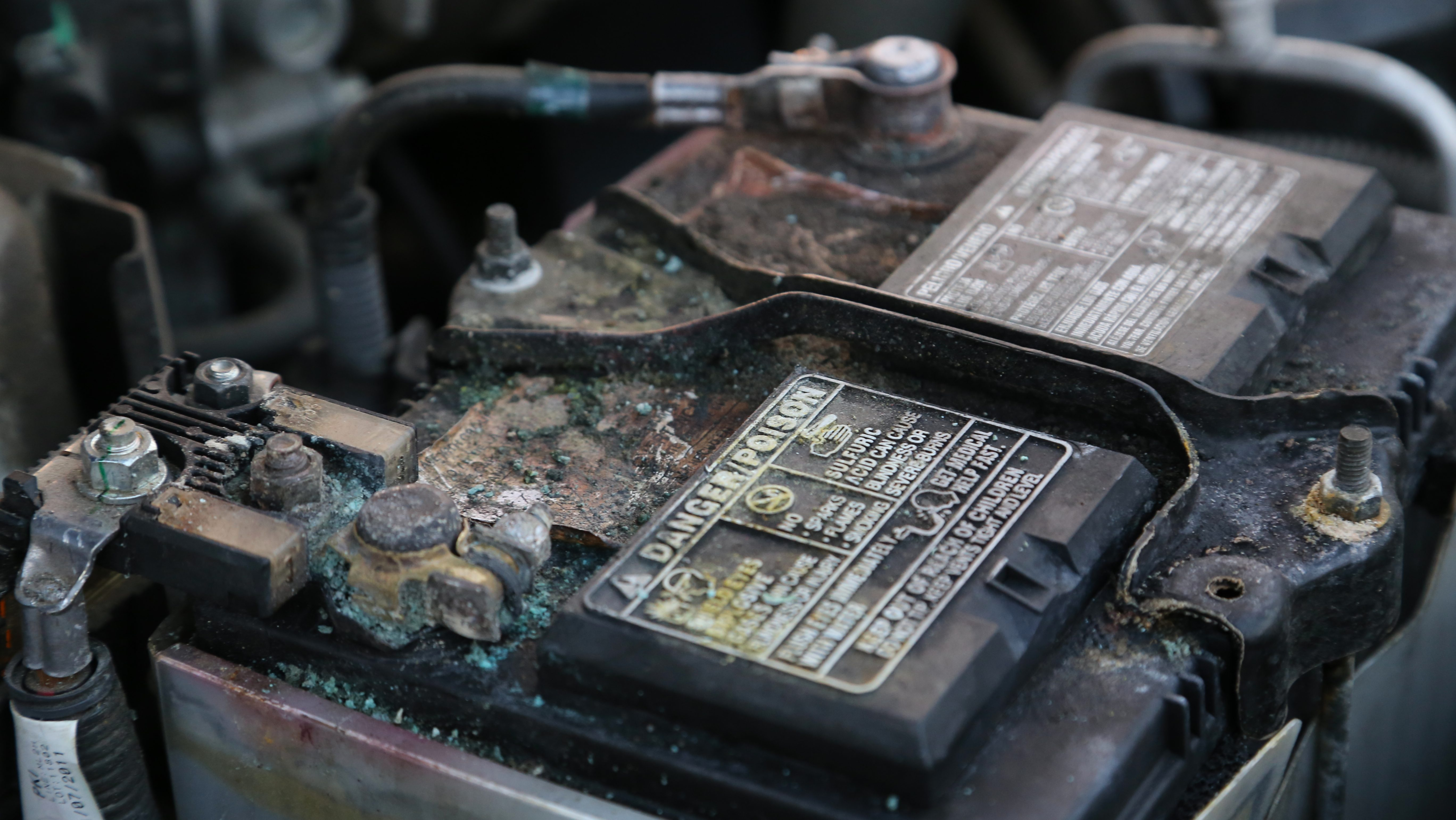 How To Clean Battery Terminals And Prevent Corrosion