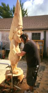 Wood carver uses AMSOIL