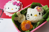 Hello Kitty Guest Dessert Feature