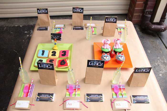 Back to School Table Setting and Place Cards