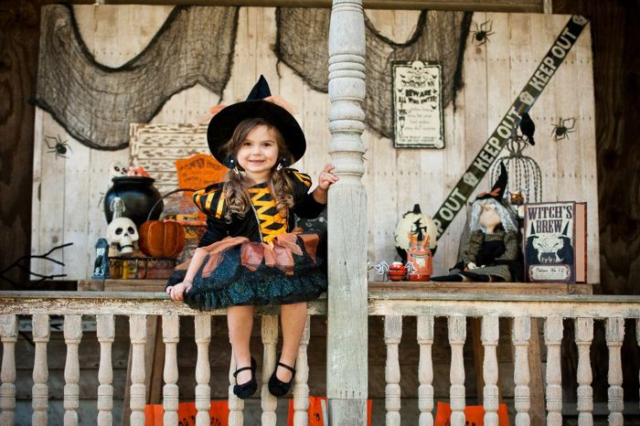Halloween Dessert Table Inspiration  Witches Costume
