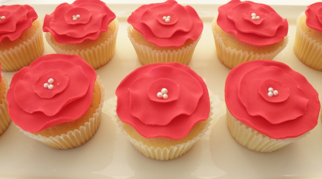 Flower Stand Dessert Table Red Flower Cupcakes
