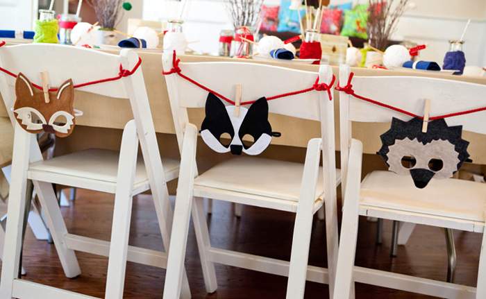 Mitten Party Kids Table Set Up