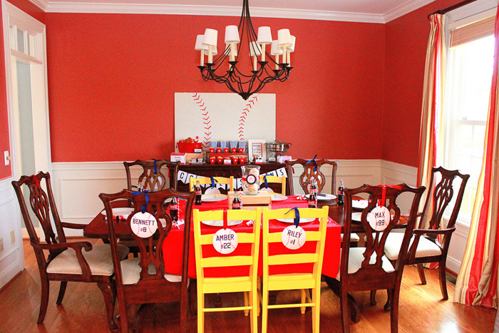 Baseball Party Table Decor