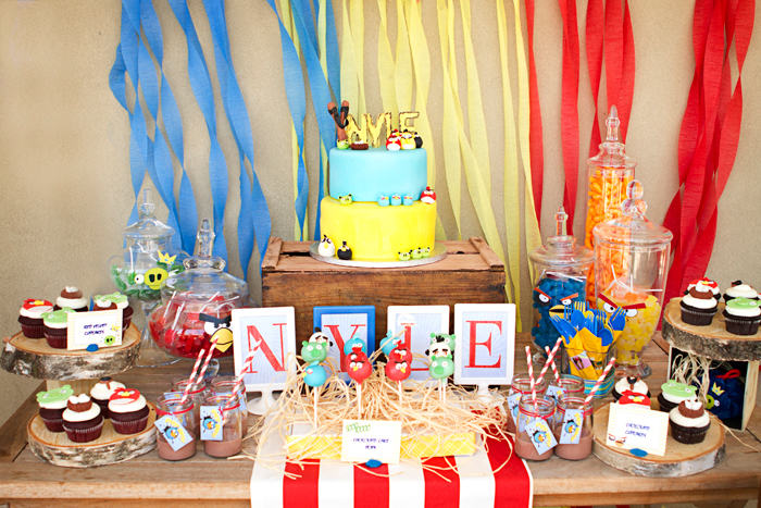 Angry Birds Birthday Party | Dessert Table