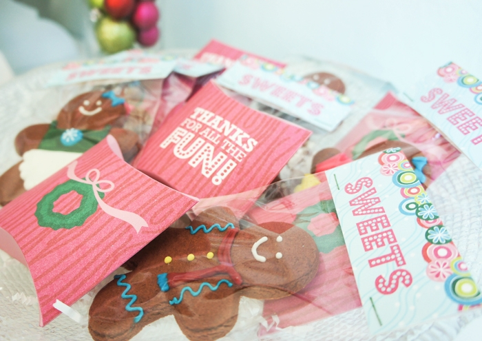 Gingerbread-House-Party-Favors