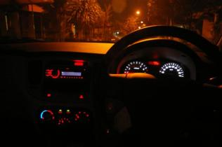 110206 - IMGP3896 - dashboard glow 03 (Small)