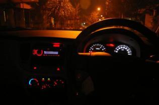 110206 - IMGP3896 - dashboard glow 03 (Small)