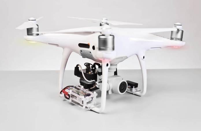 b-mobile TAU 2: FLIR TAU 2 su drone Phantom