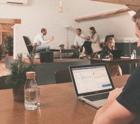 Coworking. Drie redenen waarom je beter niet in 't Groenhuis werkt…