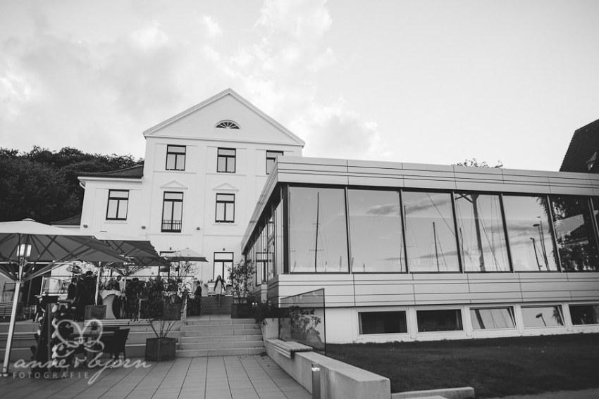 0012 mul aub 0494 - Melina & Lars - Hochzeit im Kieler Jachtclub