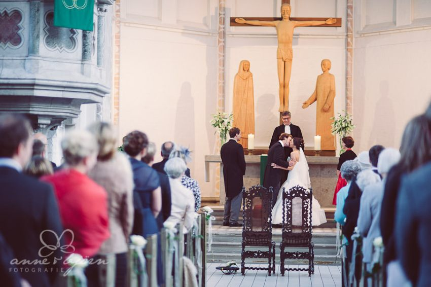 0046 mul aub 22794 bearbeitet - Melina & Lars - Hochzeit im Kieler Jachtclub