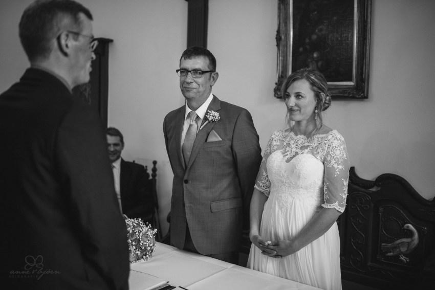 0059 anne und bjoern Manu und Sven D75 9657 1 - DIY Hochzeit im Erdhaus auf dem alten Land - Manuela & Sven