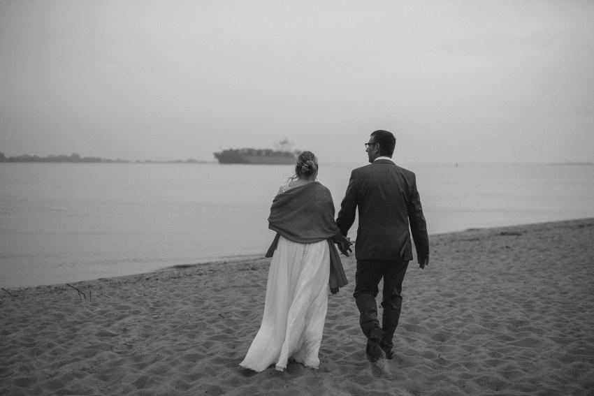 0096 anne und bjoern Manu und Sven D75 0429 1 - DIY Hochzeit im Erdhaus auf dem alten Land - Manuela & Sven