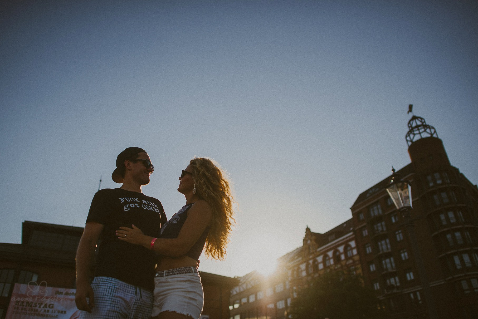 Sommerliches Verlobungsshooting in Hamburg  Dany  Basti