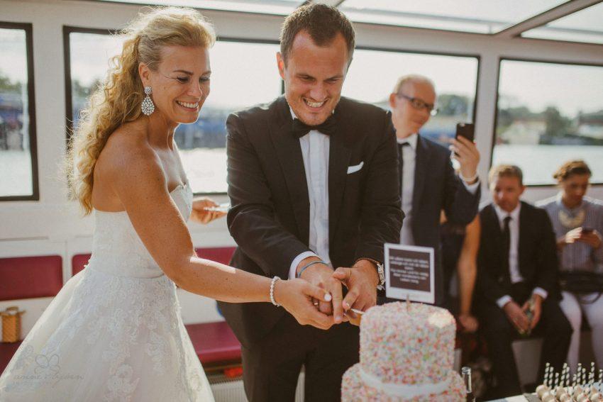 0081 dany sebastian hh d75 0427 - Bunte Hochzeit auf der Elbe - Daniela & Sebastian