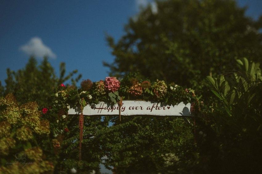 0069 annaundolli d75 5972 1 - alternative Gartenhochzeit in Lüneburg - Anna & Oliver