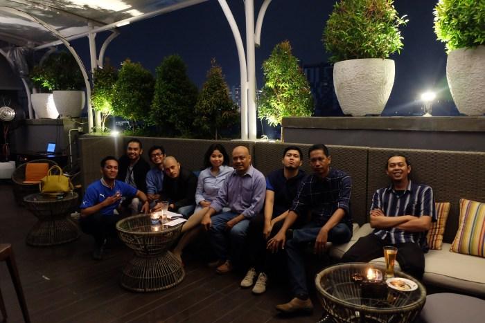Male Indonesia full team guys