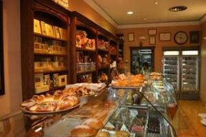 Interior Pastelería MIl Hojas