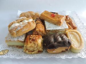 Bandeja de Pasteles Artesanos