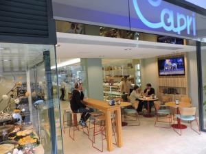 Pastelería Capri en García Camba 4